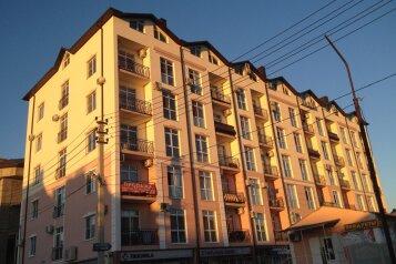 2-комн. квартира, 68 кв.м. на 9 человек, Спортивная, 15, Кабардинка - Фотография 2