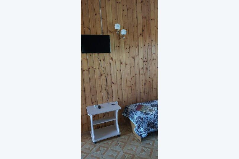 """4-х местный с двухспальной кроватью и 2 односпальными кроватями, Центральная улица, 2 """"Д"""", Витязево - Фотография 2"""