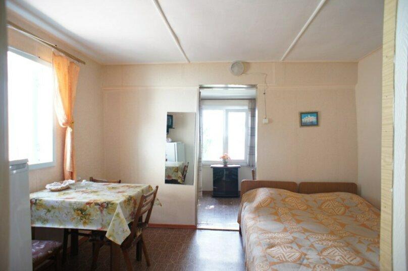 """Гостевой дом """"На Мирной 32"""", Мирная улица, 32 на 3 комнаты - Фотография 5"""