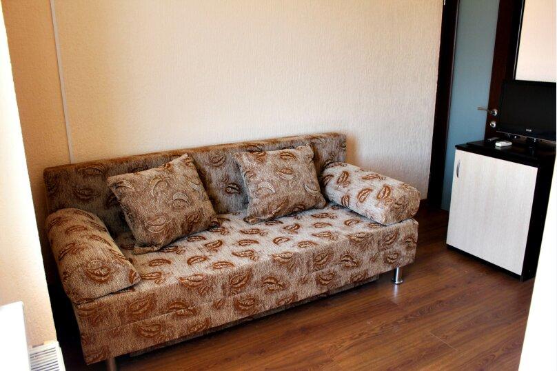 """Гостевой дом """"Глория"""", Лиманная улица, 1А на 16 комнат - Фотография 14"""