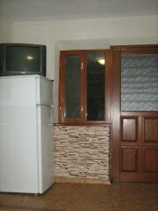 Дом, 30 кв.м. на 5 человек, 1 спальня, Первомайская улица, Приморско-Ахтарск - Фотография 4