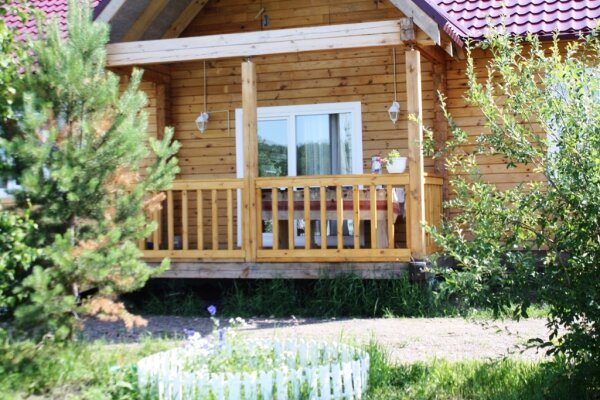 Дом, 140 кв.м. на 10 человек, 3 спальни, улица Весны, 42, Красноярск - Фотография 1