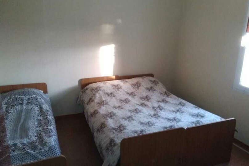 """Гостевой дом """"На Мирной 32"""", Мирная улица, 32 на 3 комнаты - Фотография 11"""