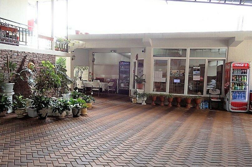 """Гостевой дом """"Галина"""", Ягодный переулок, 2 на 12 комнат - Фотография 4"""