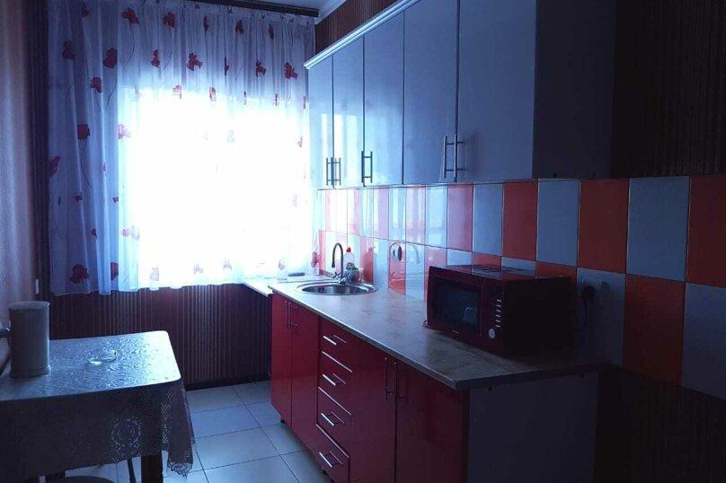 """Гостевой дом """"Гаянэ"""", Клубный переулок, 2 на 15 комнат - Фотография 8"""