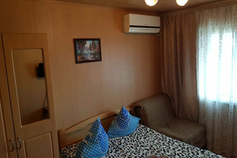 """Гостевой дом """"Гаянэ"""", Клубный переулок, 2 на 15 комнат - Фотография 13"""