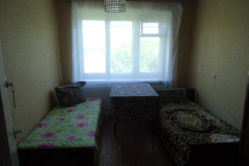 4-комн. квартира, 60 кв.м. на 3 человека, улица Полежаева, Саранск - Фотография 2