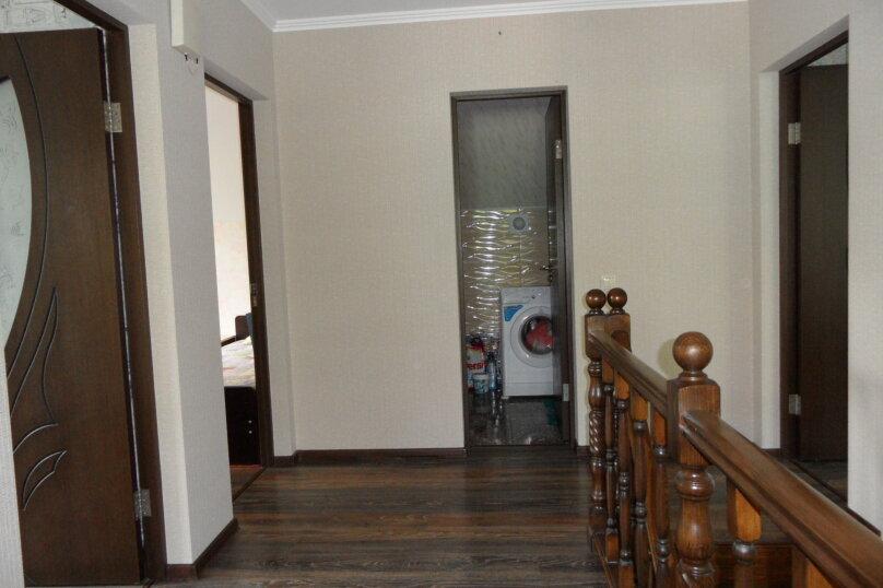 """Гостевой дом """"В Лесном"""" , Мкр. Лесной, 14 на 6 комнат - Фотография 3"""