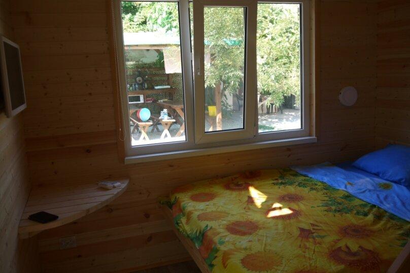 Двухуровневый маленький деревянный домик на берегу моря., 15 кв.м. на 4 человека, 1 спальня, улица Герцена, 25, Геленджик - Фотография 22