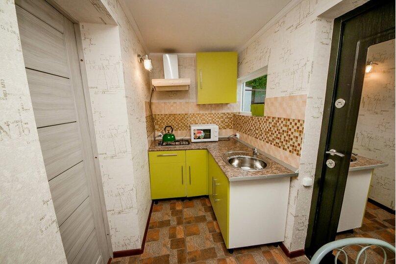 Дом для отдыха с 2 бассейнами , 60 кв.м. на 8 человек, 1 спальня, улица Островского, 56, Геленджик - Фотография 6