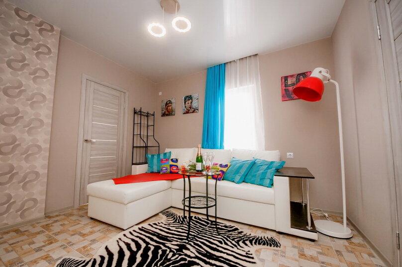 Дом для отдыха с 2 бассейнами , 60 кв.м. на 8 человек, 1 спальня, улица Островского, 56, Геленджик - Фотография 9