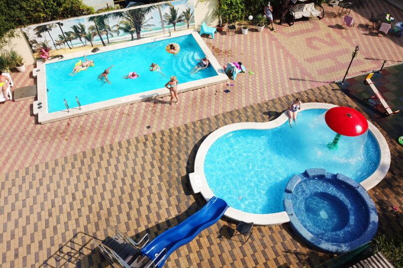 Дом для отдыха с 2 бассейнами , 60 кв.м. на 8 человек, 1 спальня, улица Островского, 56, Геленджик - Фотография 17