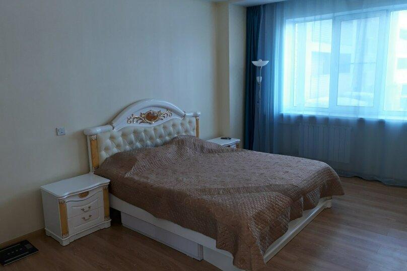 1-комн. квартира, 48 кв.м. на 5 человек, Волжская набережная, 8, Нижний Новгород - Фотография 1