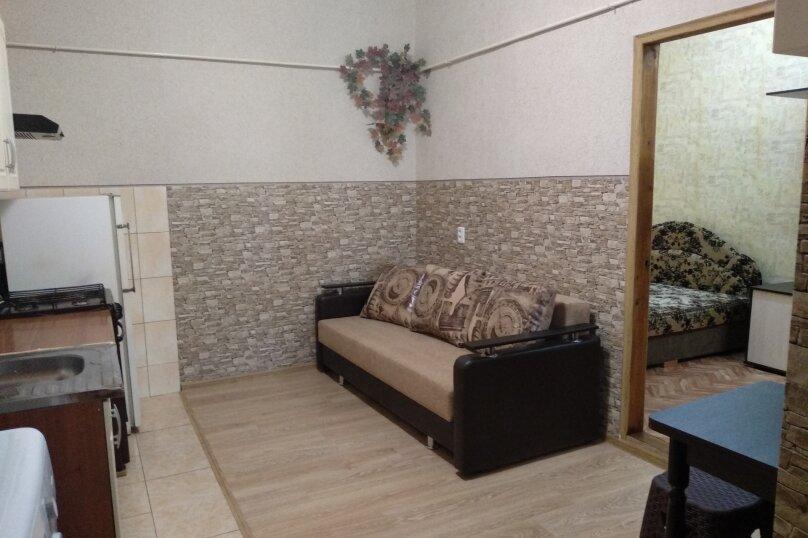 Дом с отдельным двором , 30 кв.м. на 5 человек, 1 спальня, улица 8 Марта, 12, Феодосия - Фотография 6