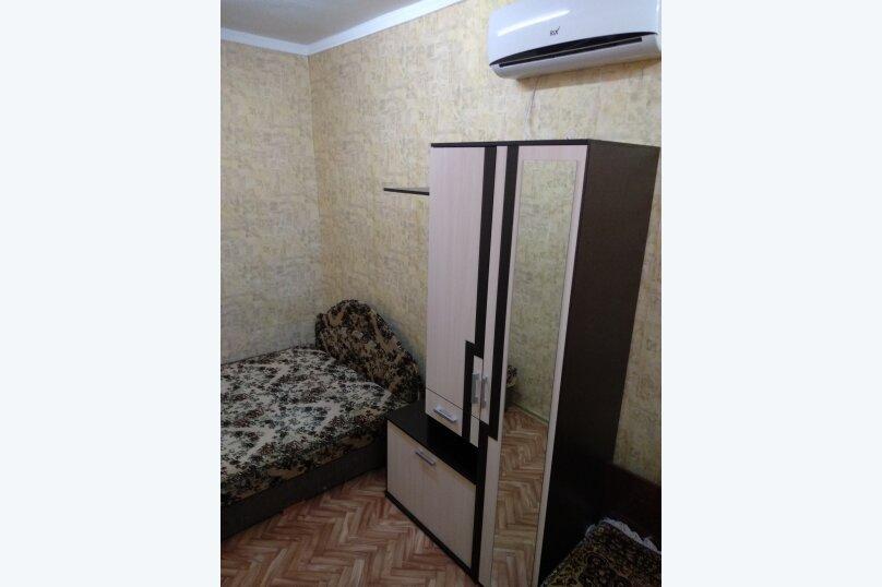 Дом с отдельным двором , 30 кв.м. на 5 человек, 1 спальня, улица 8 Марта, 12, Феодосия - Фотография 11