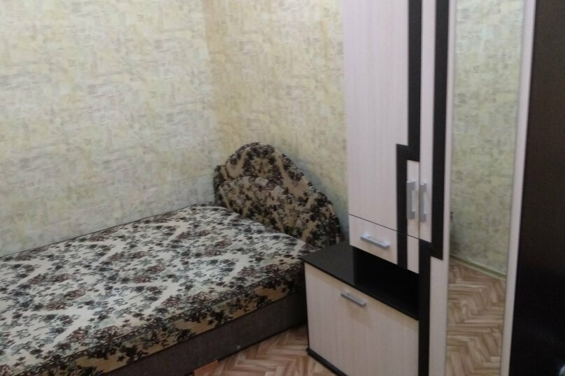 Дом с отдельным двором , 30 кв.м. на 5 человек, 1 спальня, улица 8 Марта, 12, Феодосия - Фотография 12