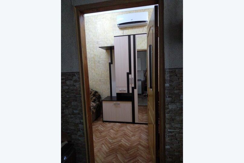 Дом с отдельным двором , 30 кв.м. на 5 человек, 1 спальня, улица 8 Марта, 12, Феодосия - Фотография 13