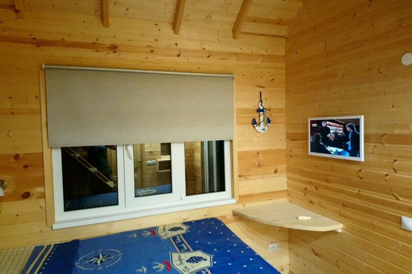 Двухуровневый маленький деревянный домик на берегу моря., 15 кв.м. на 4 человека, 1 спальня, улица Герцена, 25, Геленджик - Фотография 24