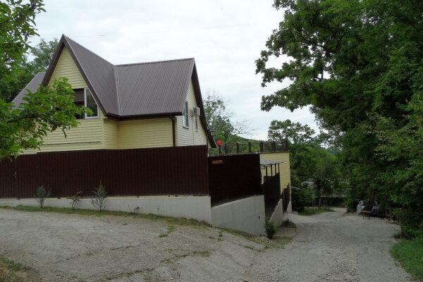 Гостевой дом, Мкр. Лесной, 14 на 6 номеров - Фотография 1