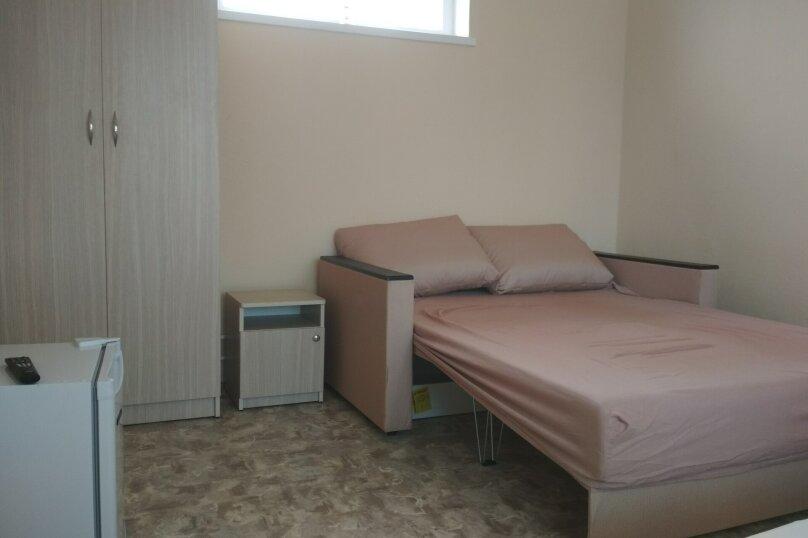 Стандарт 3х.местный с диваном, Н.Жердева, 42, Черноморское - Фотография 7