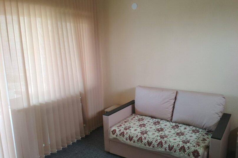 Стандарт 3х.местный с диваном, Н.Жердева, 42, Черноморское - Фотография 8