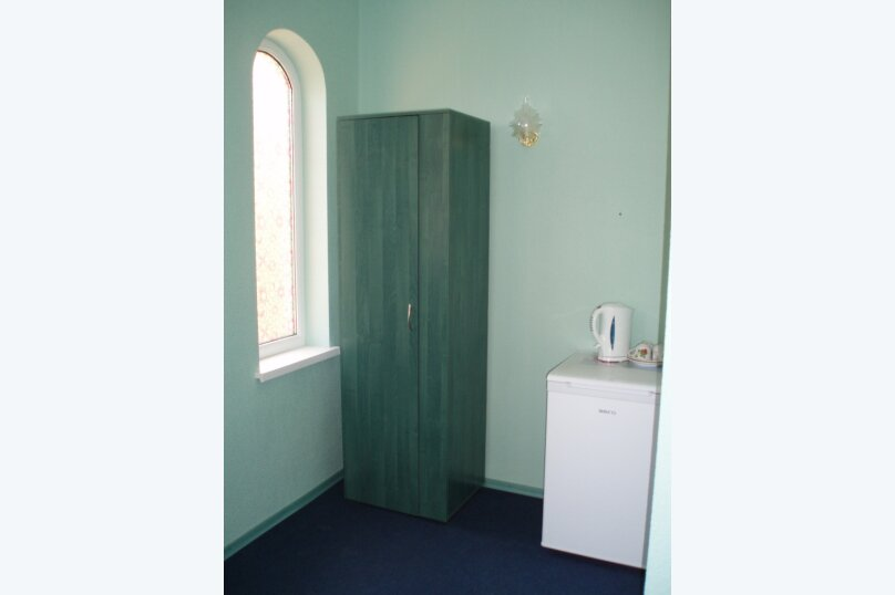 Двухкомнатный номер с раздельными кроватями, улица Ленина, 110, Коктебель - Фотография 5