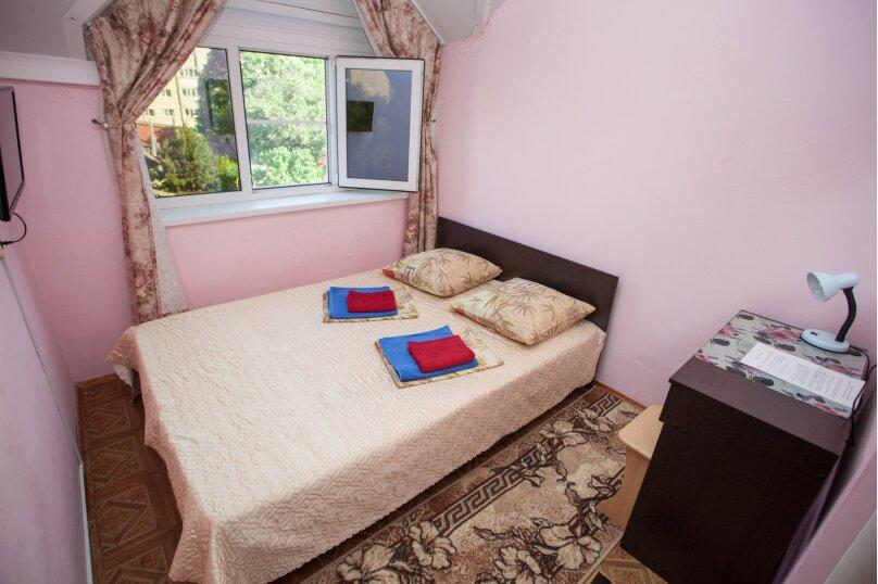 Бюджетный двухместный номер с 1 кроватью, улица Таманская, 48, Анапа - Фотография 1