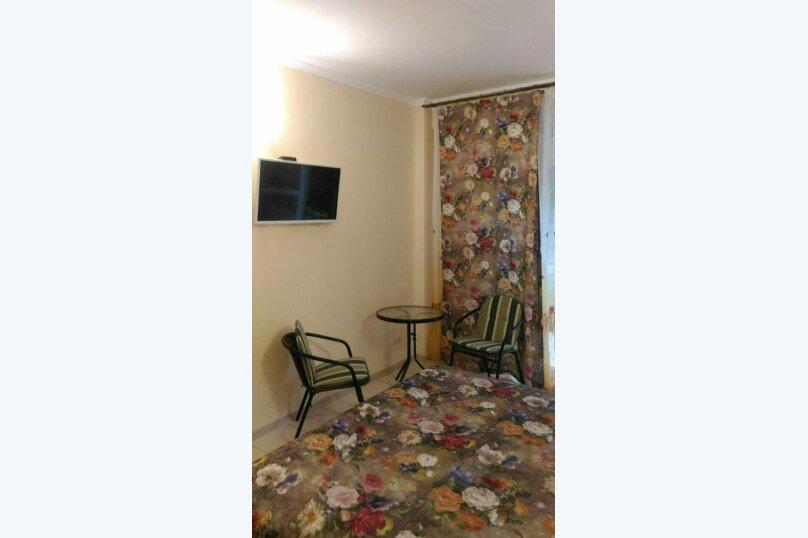 """Гостевой дом """"На Баранова 18А"""", улица Баранова, 18А на 4 комнаты - Фотография 9"""