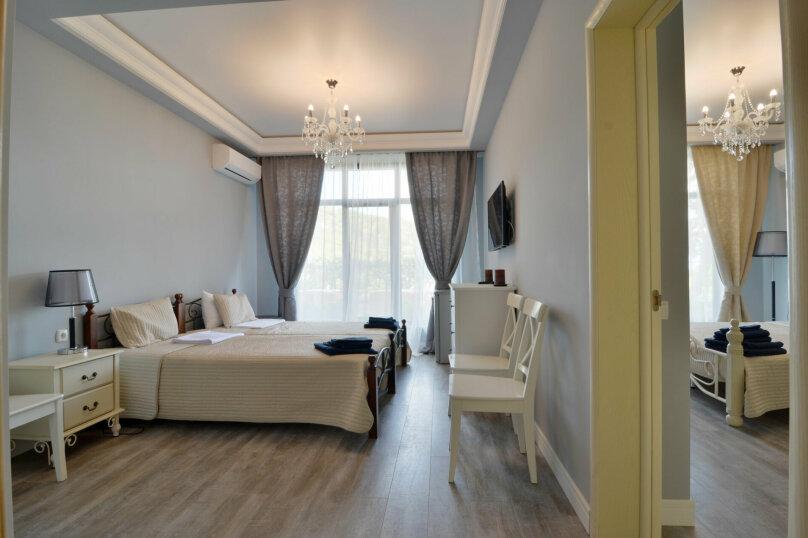 FAMILY ROOM - без балкона первый этаж, улица Слуцкого, 10, Алушта - Фотография 1