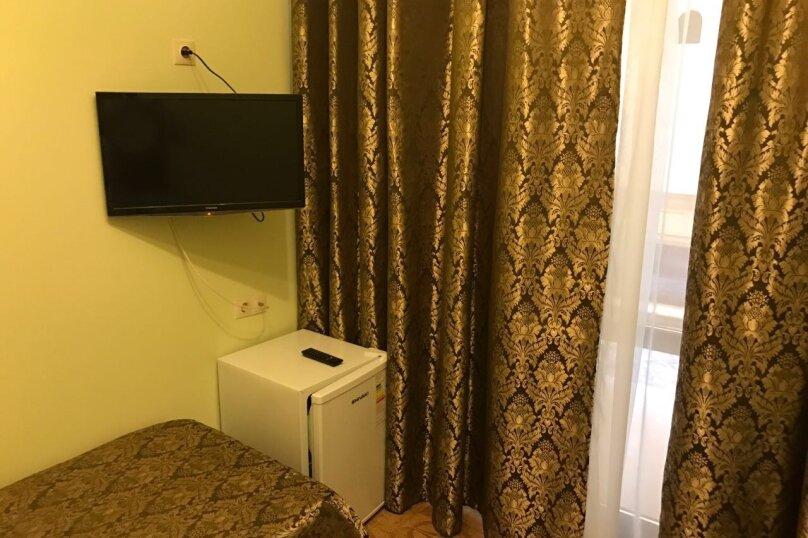 """Гостевой дом """"У Лукоморья"""", улица Короленко, 4 на 19 комнат - Фотография 33"""