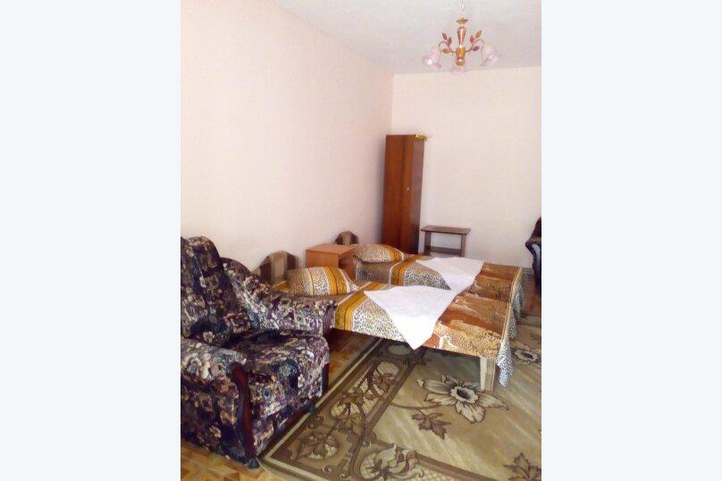 """Гостевой дом """"У ОЛЬГИ"""", улица Крылова, 9 на 6 комнат - Фотография 17"""