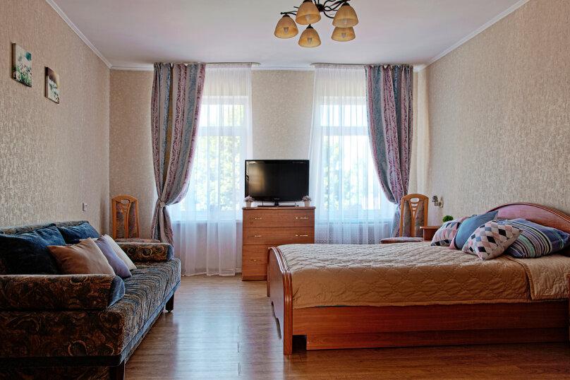 2-комн. квартира, 50 кв.м. на 6 человек, Томская улица, 6, Калининград - Фотография 2