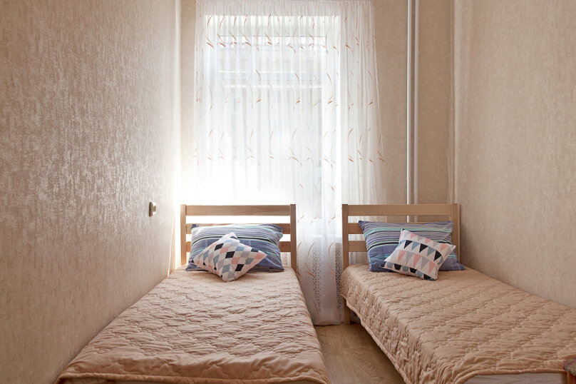2-комн. квартира, 50 кв.м. на 6 человек, Томская улица, 6, Калининград - Фотография 5