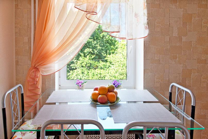 2-комн. квартира, 50 кв.м. на 6 человек, Томская улица, 6, Калининград - Фотография 11