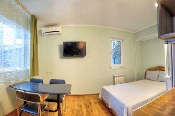 Ласточка:  Номер, 2-местный, 1-комнатный, Гостевой дом, улица Данченко, 4 на 2 номера - Фотография 4