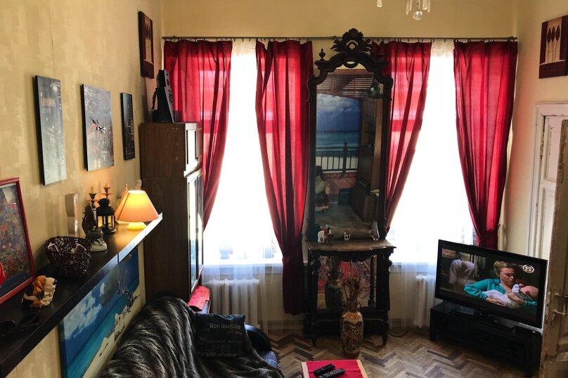 2-комн. квартира, 67 кв.м. на 5 человек, улица Восстания, 40, Санкт-Петербург - Фотография 1
