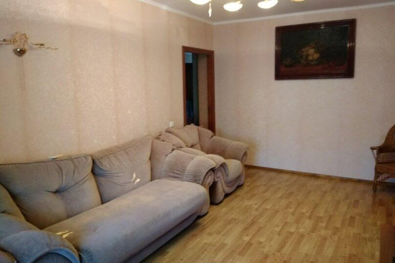 3-комн. квартира, 72 кв.м. на 6 человек, переулок Шаумяна, 1, Феодосия - Фотография 6