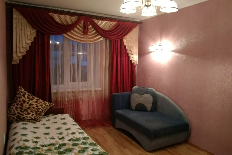 3-комн. квартира, 72 кв.м. на 6 человек, переулок Шаумяна, 1, Феодосия - Фотография 9