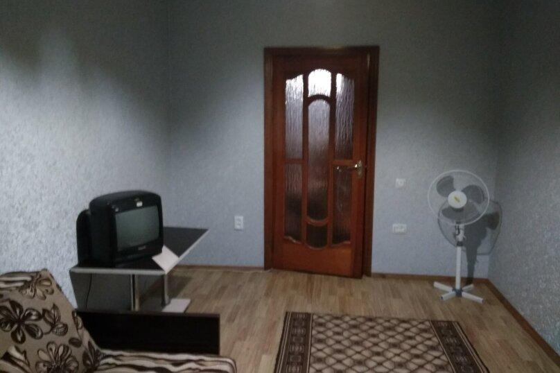 3-комн. квартира, 72 кв.м. на 6 человек, переулок Шаумяна, 1, Феодосия - Фотография 15