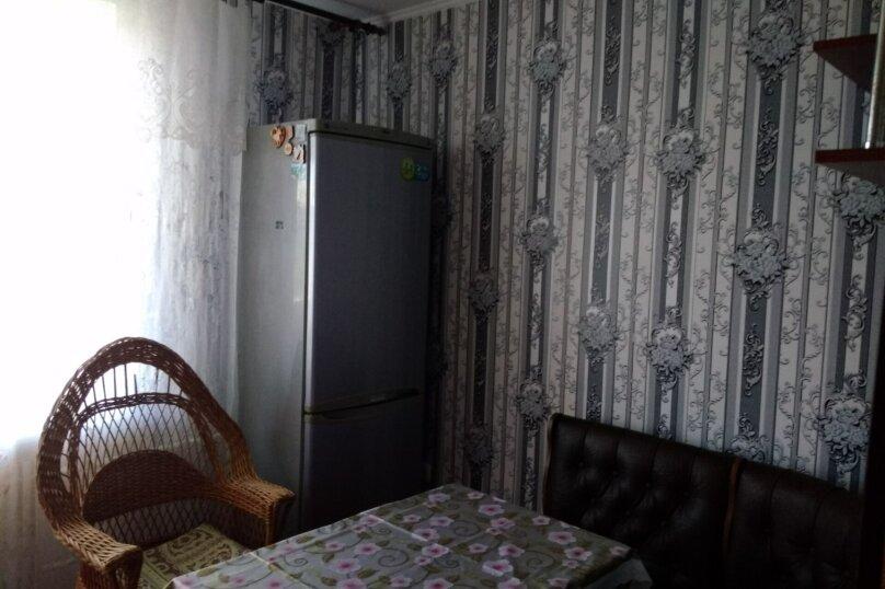 3-комн. квартира, 72 кв.м. на 6 человек, переулок Шаумяна, 1, Феодосия - Фотография 21