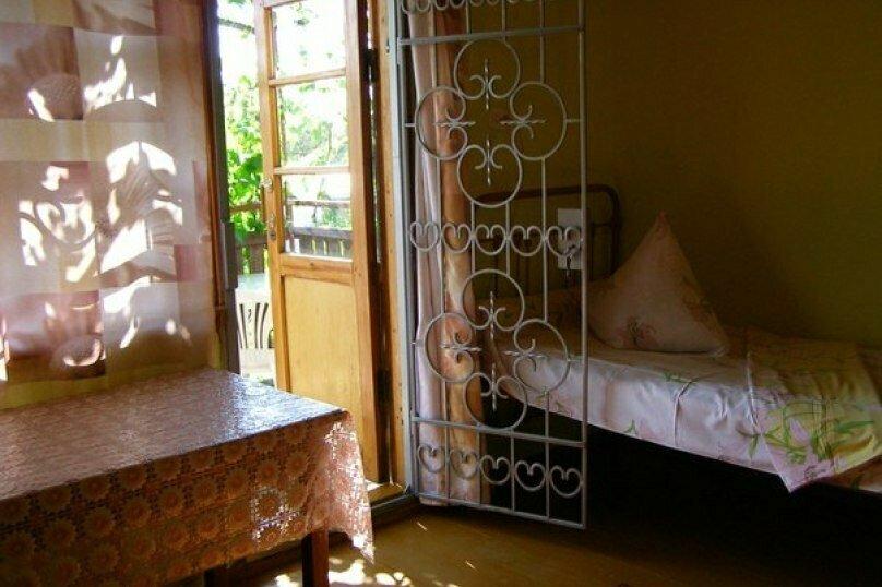 3-х местный на 2 этаже с отдельным входом, Сосновая роща, 3, Севастополь - Фотография 1