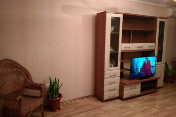 3-комн. квартира, 72 кв.м. на 6 человек, переулок Шаумяна, Феодосия - Фотография 2