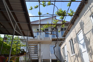 Гостевой дом , Шоссейная улица, 13 на 15 номеров - Фотография 1