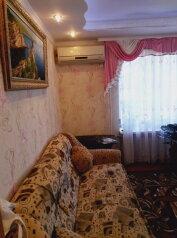 2-комн. квартира, 58 кв.м. на 4 человека, улица Победы, Партенит - Фотография 2