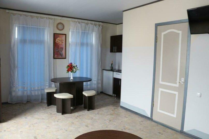 Гостиница Виктория, Центральная улица, 10 на 38 комнат - Фотография 20