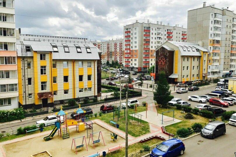 1-комн. квартира, 36 кв.м. на 4 человека, улица Алексеева, 111, Красноярск - Фотография 7