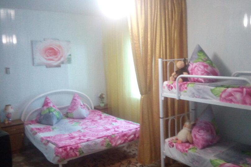 Семейный Дом, 64 кв.м. на 8 человек, 2 спальни, Центральная, 21, Голубицкая - Фотография 3