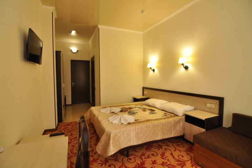 Гостиница Море, улица Мира, 96 на 20 комнат - Фотография 3