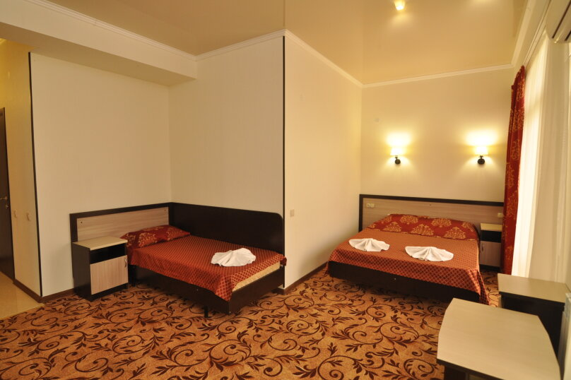 Гостиница Море, улица Мира, 96 на 20 комнат - Фотография 5