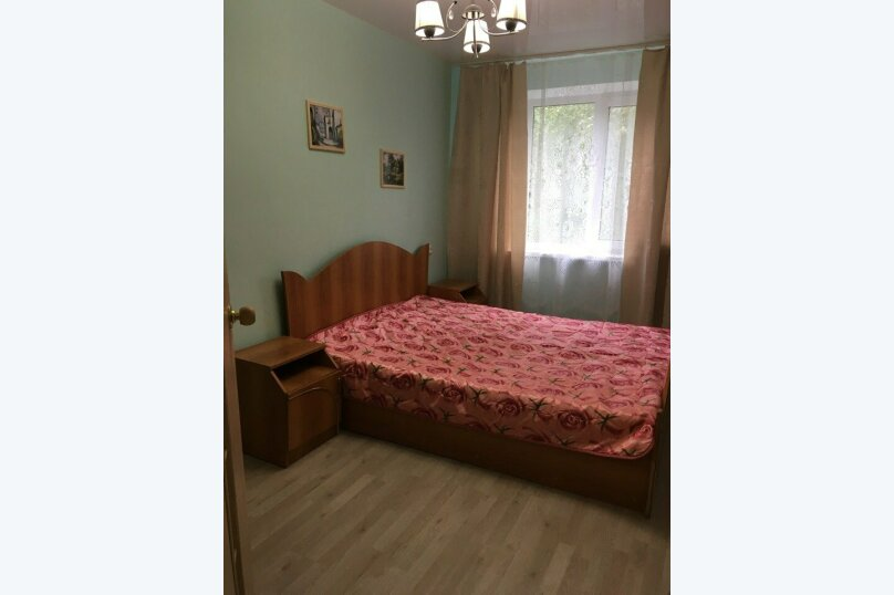 2-комн. квартира, 42 кв.м. на 6 человек, Заречный бульвар, 9, Нижний Новгород - Фотография 1